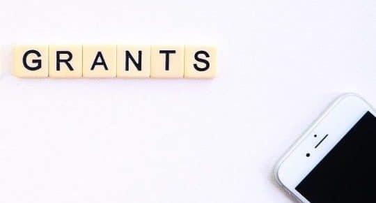 "alt=""benefits and grants"""
