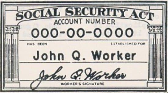 """alt=""""social security card"""""""